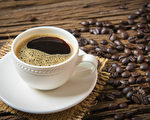 早上起来应该喝咖啡还是红茶?(Shutterstock)