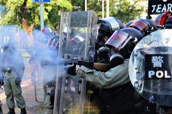 四中全会期间 香港警队爆三大出事讯号