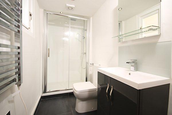浴室翻修之前的五个提示