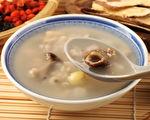四神湯有健脾開胃、穩血糖、祛濕氣、美容等功效。(Shutterstock)
