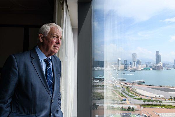 彭定康表示理解武勇抗爭 盼香港自由宜居