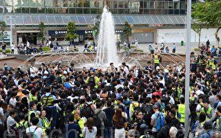 民进党:香港民意翻转 当权者应感到敬畏