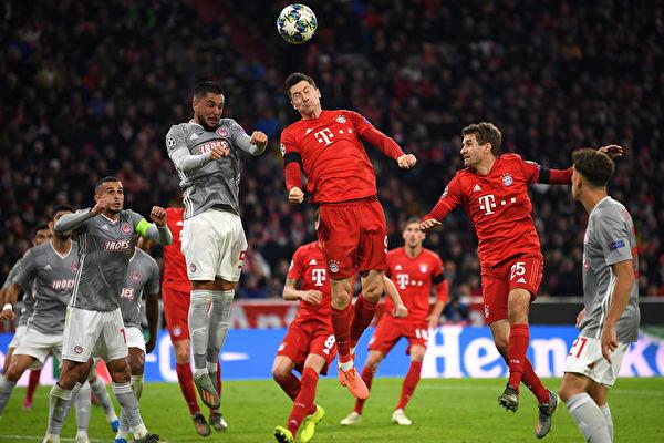 欧冠小组赛第4轮,拜仁在主场2:0击败奥林匹亚科斯