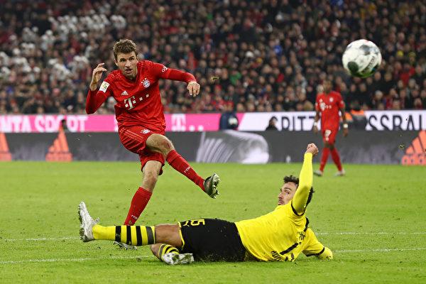 德甲第11輪,拜仁在主場4:0大勝多特蒙德