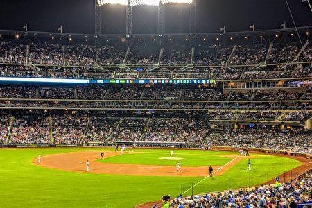 圖為紐約大都會隊比賽場景。