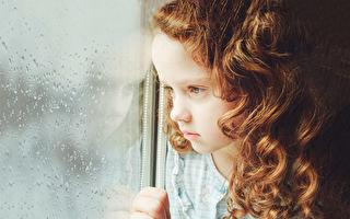 6岁女孩生前留下满屋子爱的遗书 父母出书助癌友