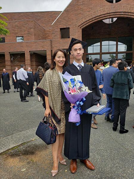Amy Nie和她的儿子。(客户提供)