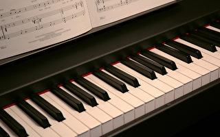 天生無右手 世界唯一的單手鋼琴家夢想成真