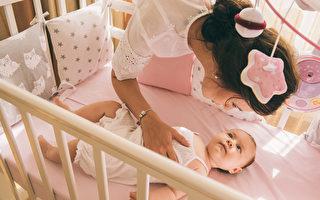 嬰兒重要的生存指標:粗動作發展標準