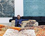 Jan Kath,过去25年来全球最传奇的地毯设计师之一。他设计的地毯享誉全球,包括纽约、柏林、温哥华、多伦多等多个城市。(Jan Kath提供)