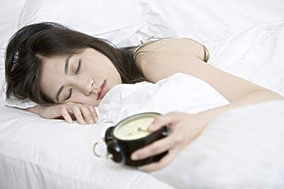 有規律的作息,可擁有好的睡眠品質。應盡量避免熬夜。