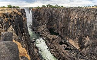 非洲南部严重旱灾 世界最大瀑布变细流