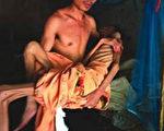 顏丹:中國艾滋病患者「兩頭翹」令人嗟嘆