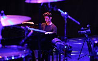 钢琴家迈可森明年3月访台 举办两场音乐会