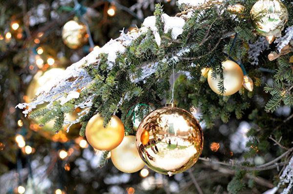 圣诞树装饰。 (英文大纪元)