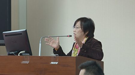 立委刘世芳5日在内政委员会质询有关国安高层涉入两岸传媒大师炼。