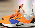 菲女童以繃帶纏腳自製Nike運動鞋 賽跑奪冠