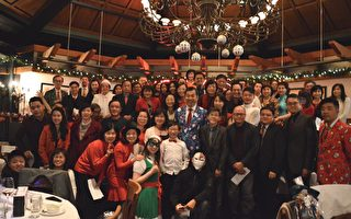 卑詩台灣商會聖誕派對  溫馨喜樂助人