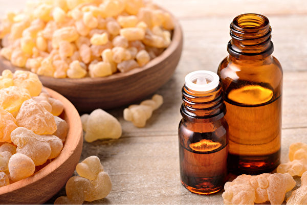 乳香精油让你平静有活力,放松身心,还能促进免疫系统健康。(Shutterstock)