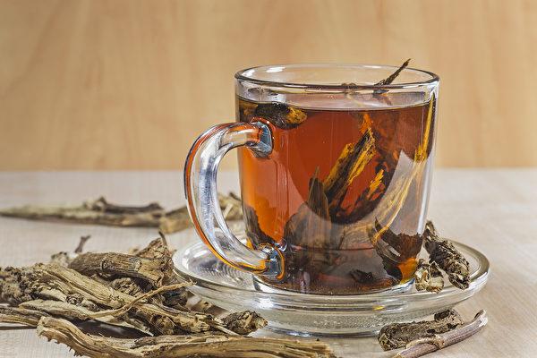 古今中外「茶文化」博大精深。茶葉種類數以千計,如何挑選適合自己的茶?(Shutterstock)
