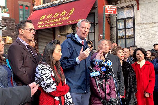 紐約市長現身火場 關注華埠災后安置(影音)