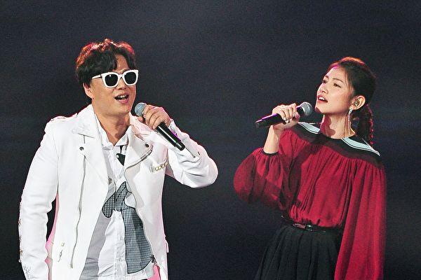 《红白》收视高点 李千那合唱、志玲为夫应援