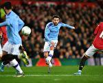 英格兰联赛杯半决赛:曼城客场完胜曼联