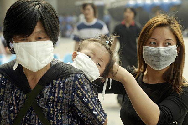 上海136人医疗队在武汉求救 没有饭吃