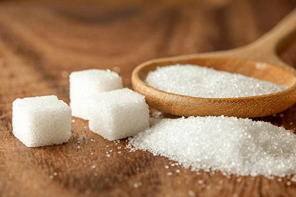 糖会带来记忆力差、失眠、忧郁焦虑等症状,如何戒糖?(Shutterstock)