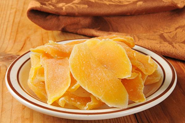水果乾和新鲜水果营养成分有何不同?怎样吃才能避免发胖?(Shutterstock)