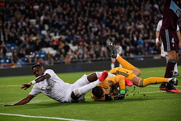 西甲第24輪,皇馬主場爆冷被保級球隊塞爾塔2:2逼平