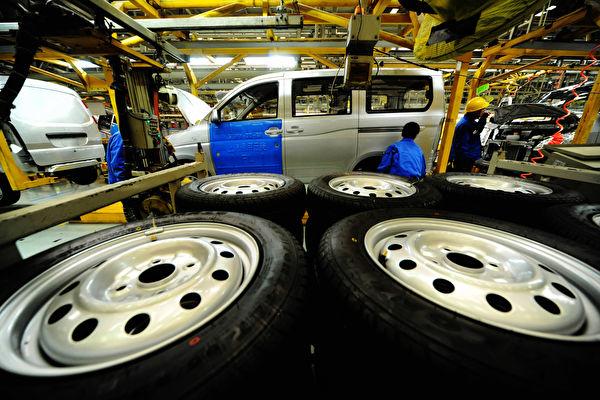 陷入冰點 大陸汽車2月產銷量暴跌80%
