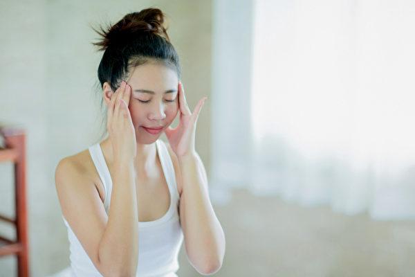 身體有七大提神穴位,幫你醒腦、消疲勞。(Shutterstock)