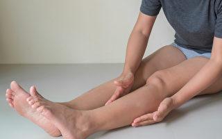 水濕胖就是水腫胖,經常按摩、拍打雙腿可以去濕氣消水腫。(Shutterstock)