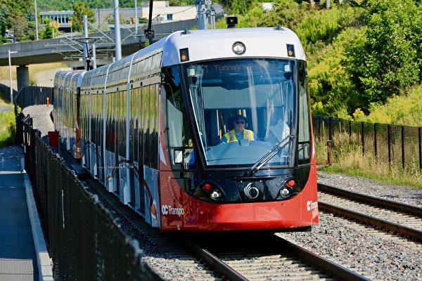 渥太華輕鐵問題不斷 3個事實或藏答案