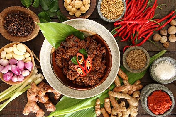 值得一吃再吃  老饕才懂的 5 道印尼國菜