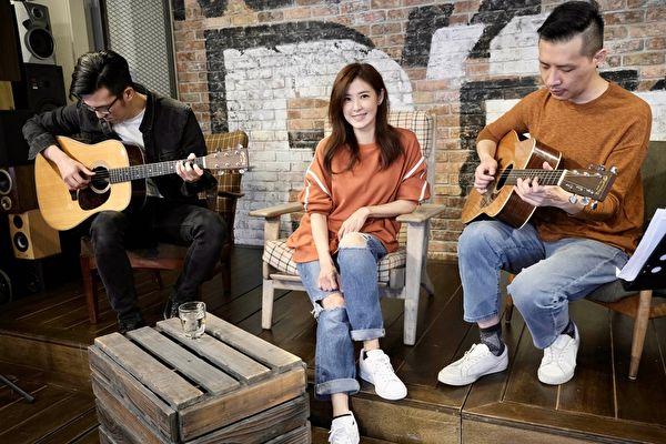 遗憾无法近距离 苏慧伦等3歌手与歌迷线上见