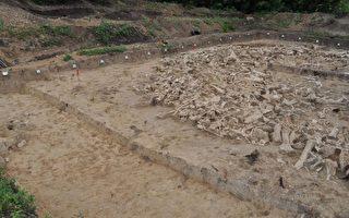 考古發現猛獁象骨頭組成的神祕環形結構
