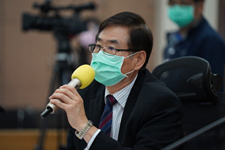 奎克公司营运长刘明山博士回答记者提问