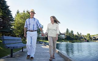 坐擁湖景的新屋 成熟社區的方便