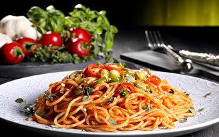 超簡單改造罐頭醬汁  意大利麵變好吃了!