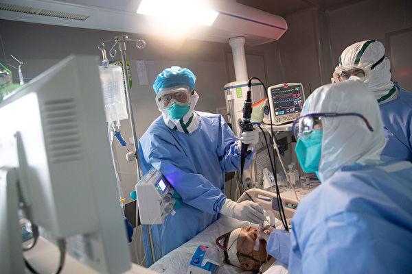 「中共肺炎」(又稱武漢肺炎、COVID-19)爆發後,哪些醫護人員堅守第一線?(STR/Getty Images)
