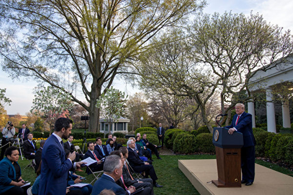 WASHINGTON, DC - MARCH 29: U.S. President Donald Trump takes questions from reporters in the Rose Garden for the daily coronavirus briefing at the White House on March 29, 2020 in Washington, DC. The United States is advising residents of New York, New Jersey and Connecticut not to travel domestically after the number of reported coronavirus deaths doubled to over 2,000 nationwide within two days. (Photo by Tasos Katopodis/Getty Images)