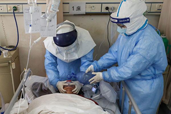 中共肺炎(COVID-19,俗稱武漢肺炎)可能引起哪些併發症?(STR/Getty Images)