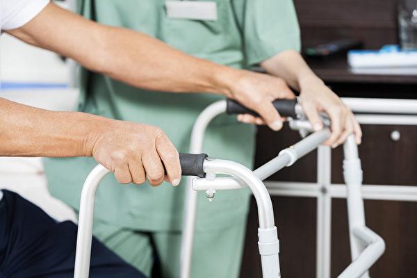 安省卫生厅:所有老年长期护理院进行病毒筛查