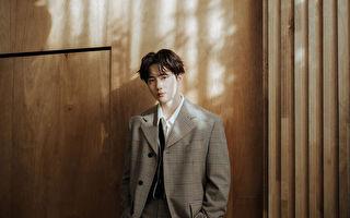 SUHO《自画像》摘韩榜及53区iTunes冠军