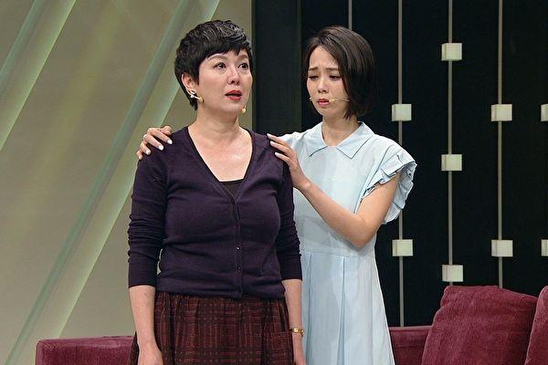 苗可丽演戏说哭就哭 一聊起女儿就泛泪