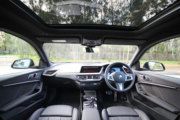 寶馬2020款四門緊湊型轎跑——M235i xDrive