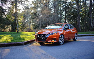 车评:活力色彩 2020 Nissan Versa SR