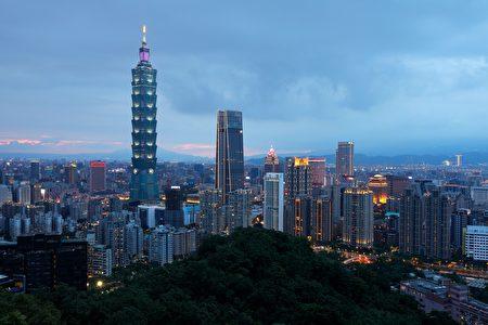 专家分析,房市短期难有大调整,因为台湾防疫好、利率超低、刚性需求稳、台商回流等多重力道支撑。